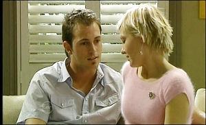 Stuart Parker, Sindi Watts in Neighbours Episode 4654