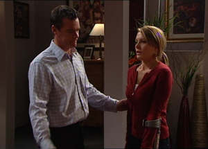 Paul Robinson, Izzy Hoyland in Neighbours Episode 4845