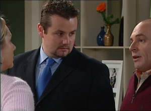 Janelle Timmins, Toadie Rebecchi, Kim Timmins in Neighbours Episode 4847