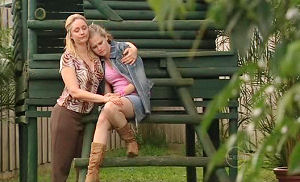 Janelle Timmins, Janae Timmins in Neighbours Episode 4941