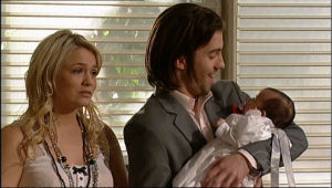 Dylan Timmins, Kerry Mangel (baby), Sky Mangel in Neighbours Episode 5111