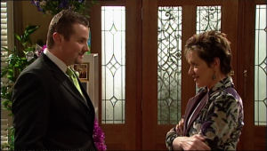 Toadie Rebecchi, Susan Kennedy in Neighbours Episode 5112
