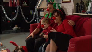 Lyn Scully, Oscar Scully, Paul Robinson in Neighbours Episode 5113