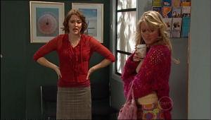Rosie Cammeniti, Pepper Steiger in Neighbours Episode 5113