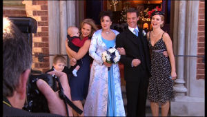 Oscar Scully, Charlie Hoyland, Steph Scully, Lyn Scully, Paul Robinson, Elle Robinson in Neighbours Episode 5117