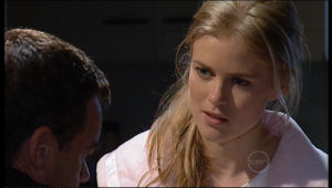 Elle Robinson, Paul Robinson in Neighbours Episode 5117