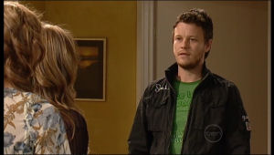 Katya Kinski, Steph Scully, Guy Sykes in Neighbours Episode 5120