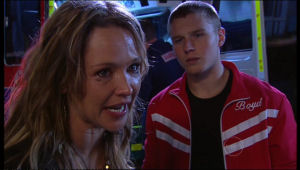 Boyd Hoyland, Steph Scully in Neighbours Episode 5121