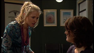Pepper Steiger, Rosie Cammeniti in Neighbours Episode 5121