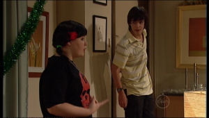 Bree Timmins, Zeke Kinski in Neighbours Episode 5122