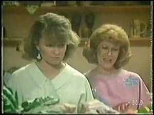 Julie Robinson, Carol Brown in Neighbours Episode 0017