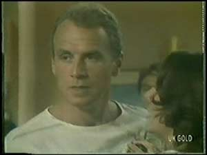 Jim Robinson, Anna Rossi in Neighbours Episode 0017