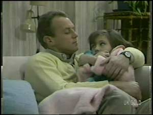 Jim Robinson, Lucy Robinson in Neighbours Episode 0102