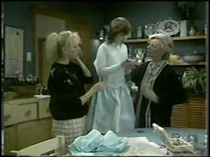 Terry Inglis, Lucy Robinson, Helen Daniels in Neighbours Episode 0102