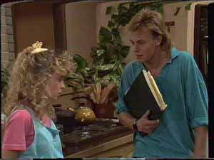 Scott Robinson, Charlene Mitchell in Neighbours Episode 0415