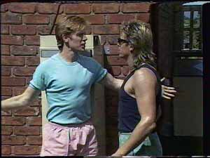 Clive Gibbons, Shane Ramsay in Neighbours Episode 0415