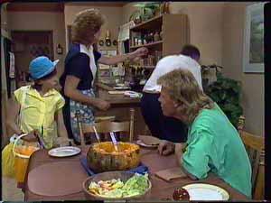 Lucy Robinson, Madge Bishop, Harold Bishop, Scott Robinson in Neighbours Episode 0417
