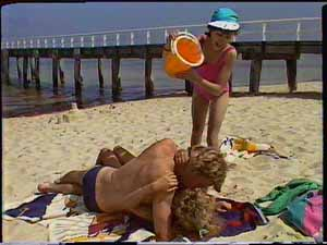 Scott Robinson, Charlene Mitchell, Lucy Robinson in Neighbours Episode 0417