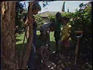 Helen Daniels, Scott Robinson, Jim Robinson, Charlene Mitchell, Lucy Robinson in Neighbours Episode 0418