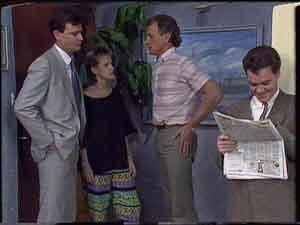 Des Clarke, Daphne Clarke, Jim Robinson, Paul Robinson in Neighbours Episode 0419