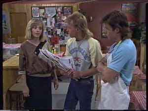 Jane Harris, Scott Robinson, Mike Young in Neighbours Episode 0419