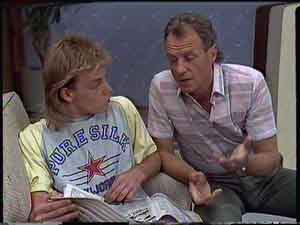 Jim Robinson, Scott Robinson in Neighbours Episode 0419