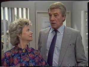 Helen Daniels, Gerard Singer in Neighbours Episode 0420