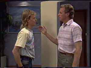 Scott Robinson, Jim Robinson in Neighbours Episode 0421