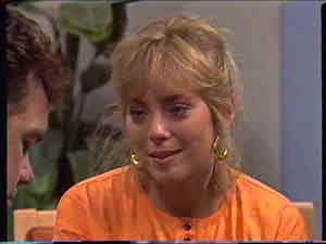 Paul Robinson, Jane Harris in Neighbours Episode 0422