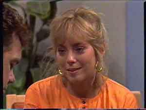 Paul Robinson, Jane Harris in Neighbours Episode 0422
