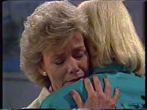 Helen Daniels, Rosemary Daniels in Neighbours Episode 0422
