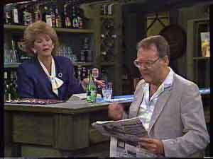 Madge Bishop, Harold Bishop in Neighbours Episode 0423