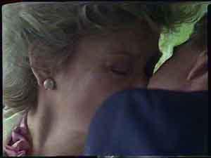 Gerard Singer, Helen Daniels in Neighbours Episode 0423
