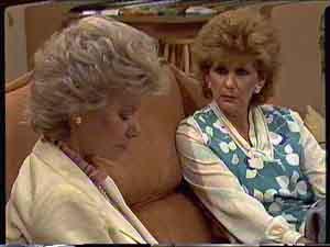 Madge Bishop, Helen Daniels in Neighbours Episode 0423