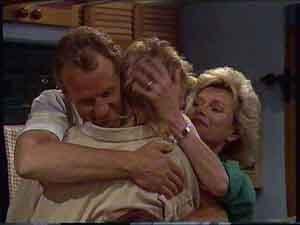 Jim Robinson, Scott Robinson, Helen Daniels in Neighbours Episode 0424