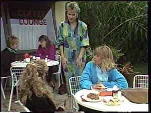 Charlene Mitchell, Daphne Clarke, Jane Harris in Neighbours Episode 0425