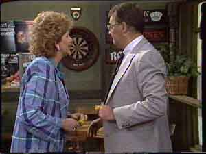 Madge Bishop, Harold Bishop in Neighbours Episode 0425