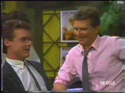 Paul Robinson, Des Clarke in Neighbours Episode 0475