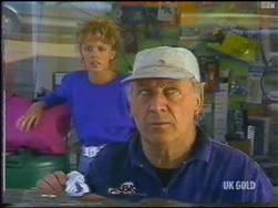 Charlene Mitchell, Rob Lewis in Neighbours Episode 0475