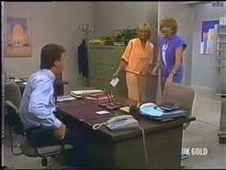 Paul Robinson, Madge Bishop, Jane Harris in Neighbours Episode 0475