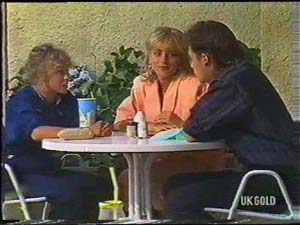 Charlene Mitchell, Jane Harris, Mike Young in Neighbours Episode 0477