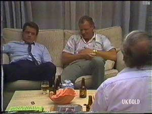 Jim Robinson, Paul Robinson, Rob Lewis in Neighbours Episode 0477