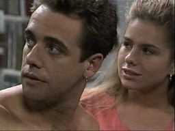 Glen Donnelly, Lucy Robinson in Neighbours Episode 1450