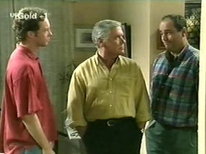 Ben Atkins, Lou Carpenter, Philip Martin in Neighbours Episode 2915