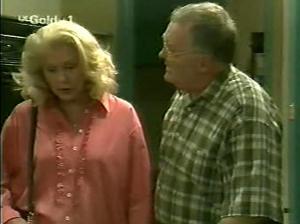 Madge Bishop, Harold Bishop in Neighbours Episode 2915