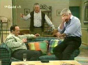 Harold Bishop, Lou Carpenter, Philip Martin in Neighbours Episode 2915