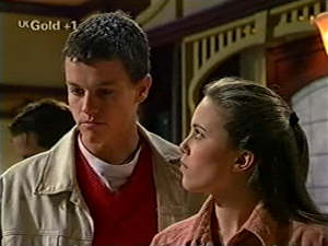 Martin Pike, Libby Kennedy in Neighbours Episode 2916