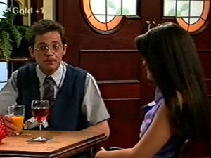 Richard Jones, Sarah Beaumont in Neighbours Episode 2917