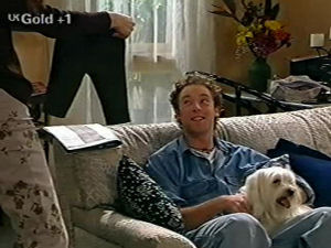 Ben Atkins, Bob, Sarah Beaumont in Neighbours Episode 2917
