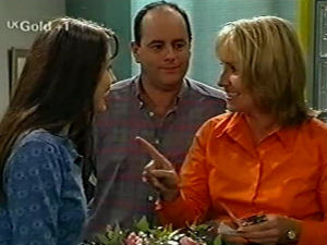 Philip Martin, Sarah Beaumont, Ruth Wilkinson in Neighbours Episode 2917